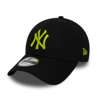NEW ERA 9FORTY LEAGUE ESSENTIAL CAP NY YANKEES BLACK/CYBER GREEN